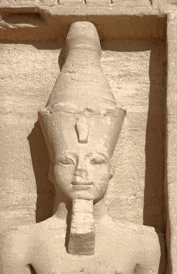 Steinskulptur an Abu Simbel-Tempeln lizenzfreies stockbild