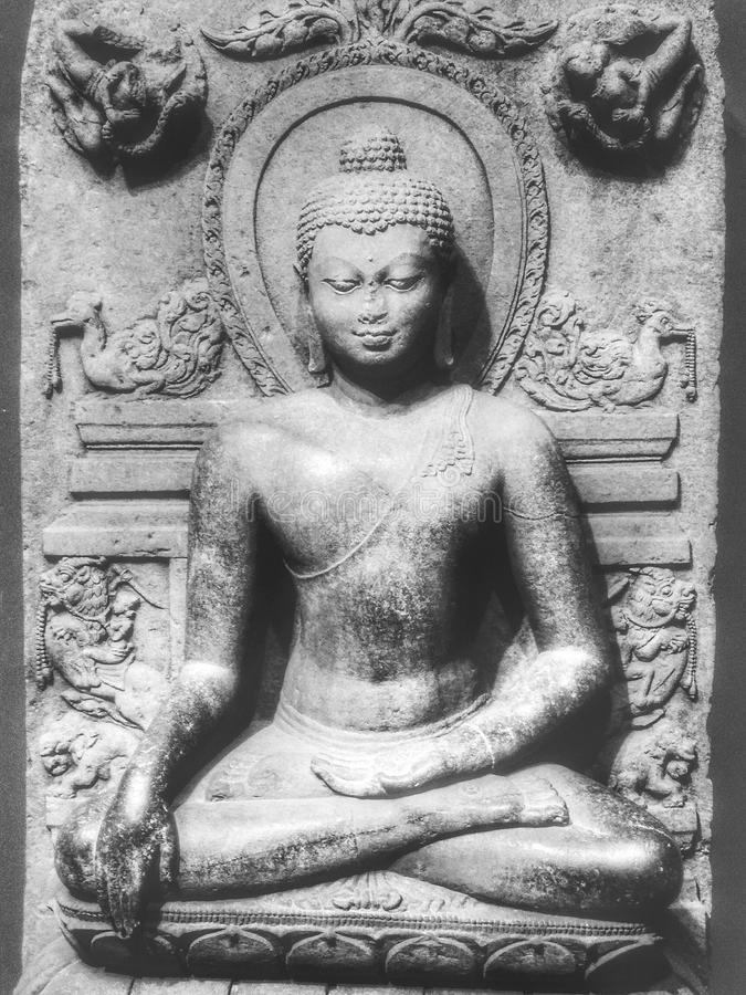 Steinskulptur von Buddha lizenzfreie stockfotografie
