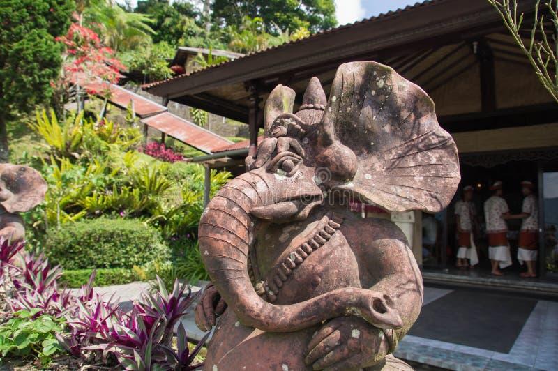 Steinstatue, die Ganesh darstellt lizenzfreies stockfoto