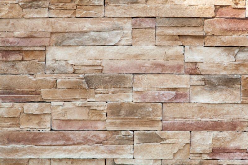Steinwand hergestellt mit Blöcken stockfoto