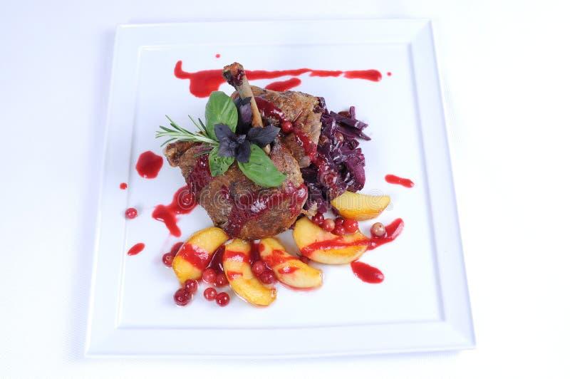 stek för mål för and för äpplecranberry äta middag fin arkivfoto