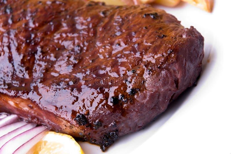 stek för potatisar för bönanötköttgreen röd arkivbild