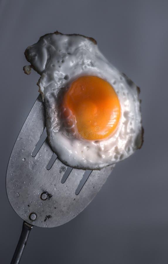 Stekt ägg och spatel