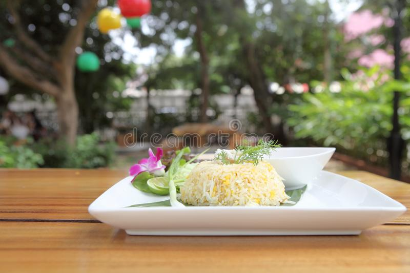 Stekt rice med krabban arkivbilder