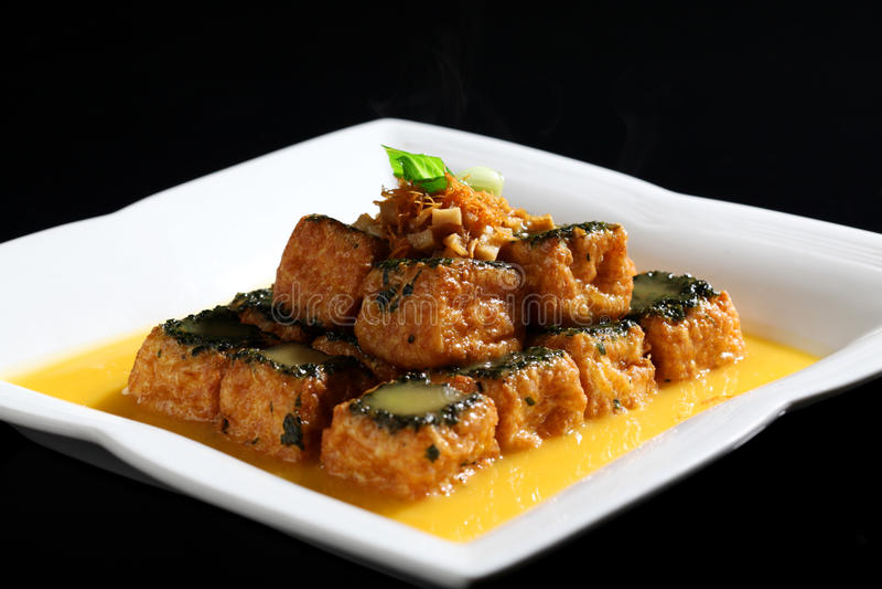 Stekt tofu arkivfoto