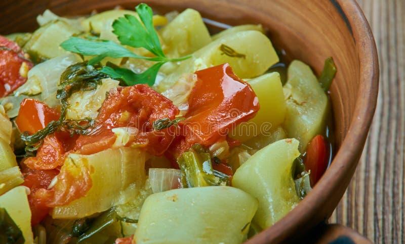 Stekt zucchini i olivolja fotografering för bildbyråer