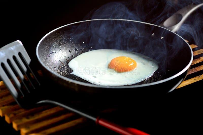 stekte ägg royaltyfria foton
