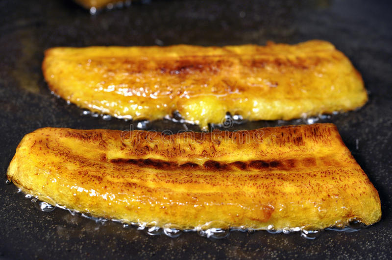 Stekte bananer royaltyfria foton