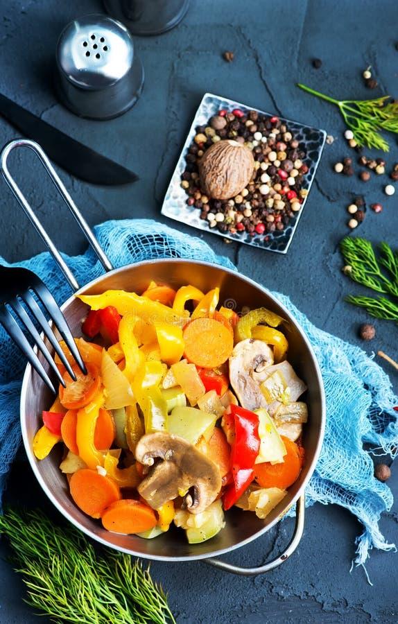 stekte grönsaker arkivbild