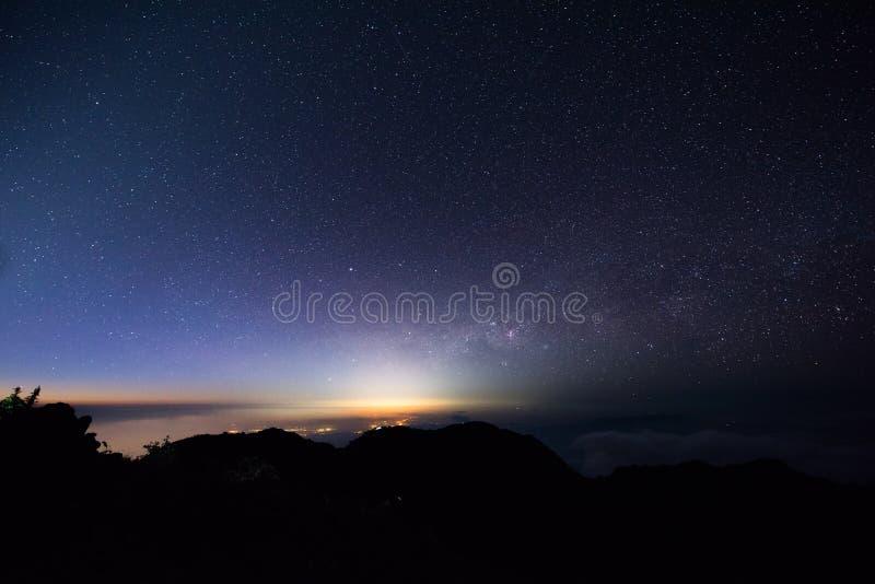 Stella ed alba del paesaggio immagini stock libere da diritti