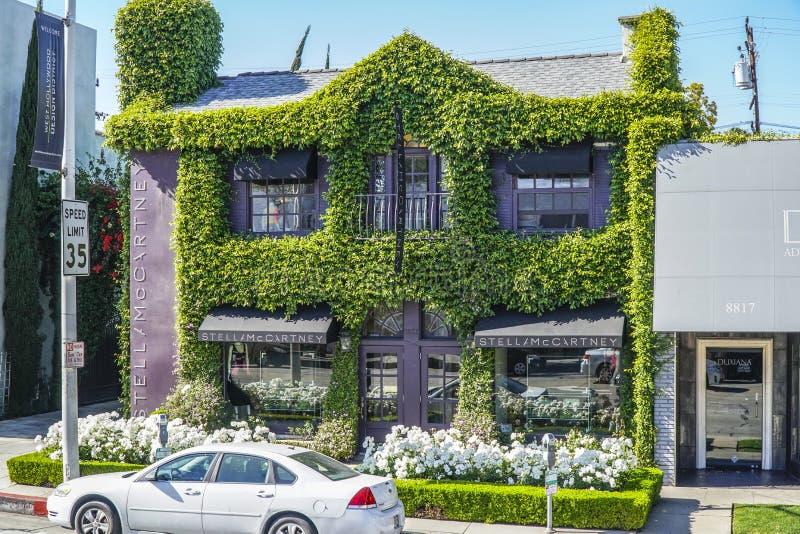 Stella McCartney i västra Hollywood - LOS ANGELES - KALIFORNIEN - APRIL 20, 2017 arkivfoton