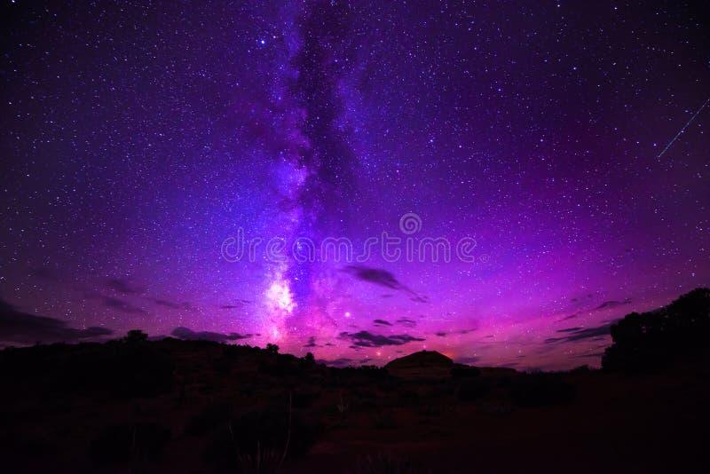 Stelle del cielo notturno della Via Lattea fotografie stock libere da diritti
