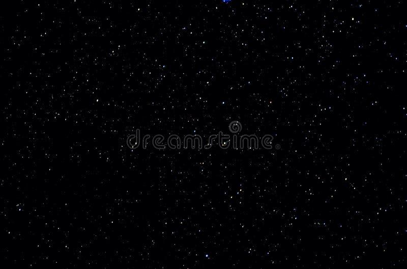 Stelle e fondo dell'universo di notte del cielo dello spazio cosmico della galassia immagini stock libere da diritti