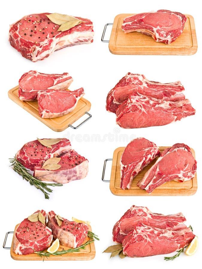 Stellen Sie durch neue Ansammlung des rohen Fleisches auf Weiß ein stockfotos