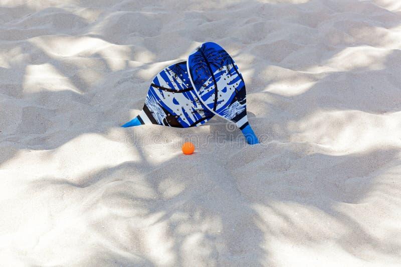 Stellen Sie für Klingeln pong, Strandtennis ein stockfoto