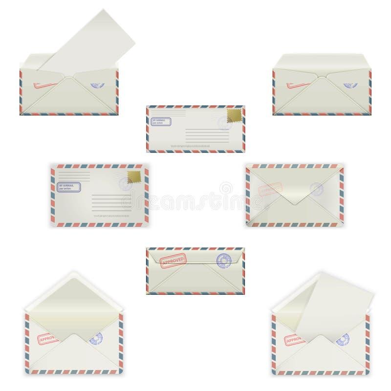 Stellen Sie Umschläge von verschiedenen Formaten mit Poststempeln auf weißem Hintergrund ein Vorbildliche Modelle in vier Ansicht stock abbildung