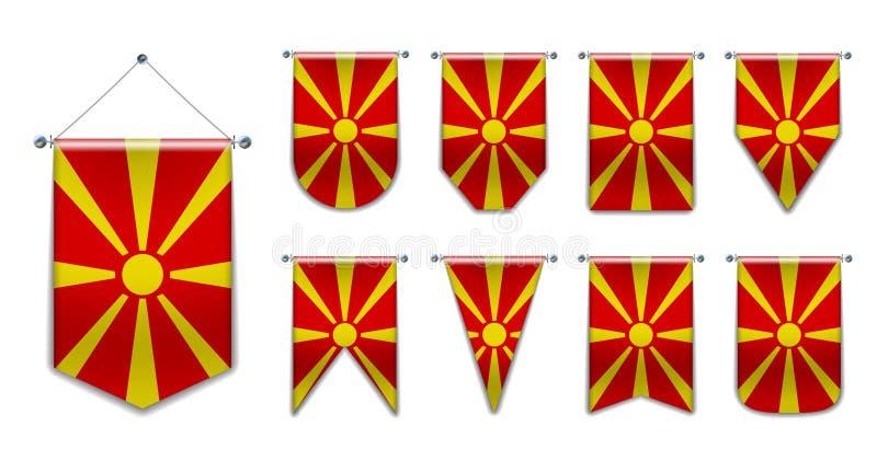 Stellen Sie von hängenden Flaggen MAZEDONIENS mit Textilbeschaffenheit ein Verschiedenartigkeitsformen des Staatsflaggelandes Ver stock abbildung