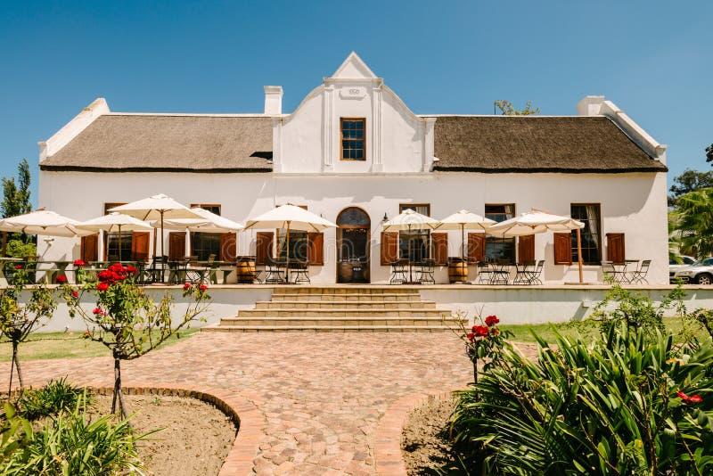 Stellenbosch, Suráfrica - arquitectura tradicional del holandés del cabo fotografía de archivo libre de regalías