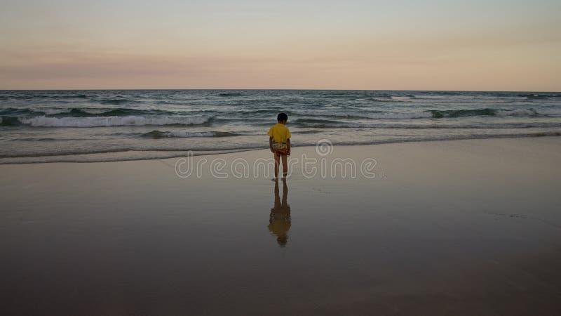 Stellung auf dem Strand stockfotos