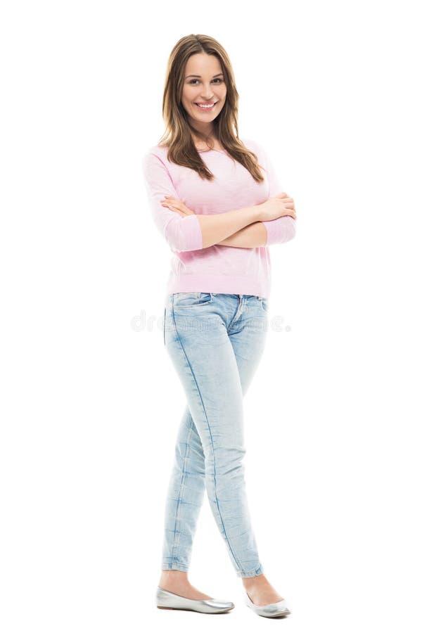 Stellung der jungen Frau stockfoto