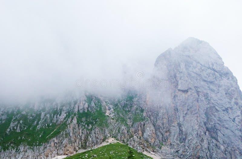 Stellung in einer Wolke stockbild
