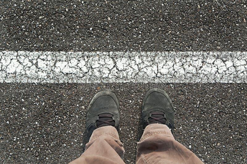 Stellung hinter der Linie stockbild