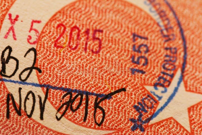 Stempel auf einem türkischen Pass lizenzfreies stockbild