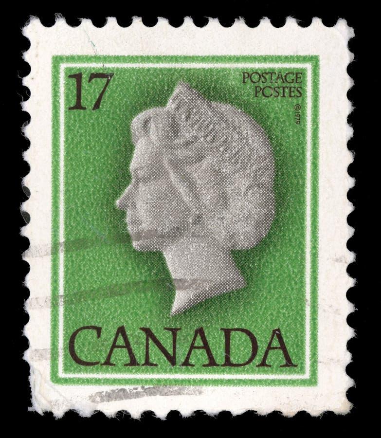 Stempel gedruckt durch Kanada, Shows Königin Elizabeth II lizenzfreie stockbilder