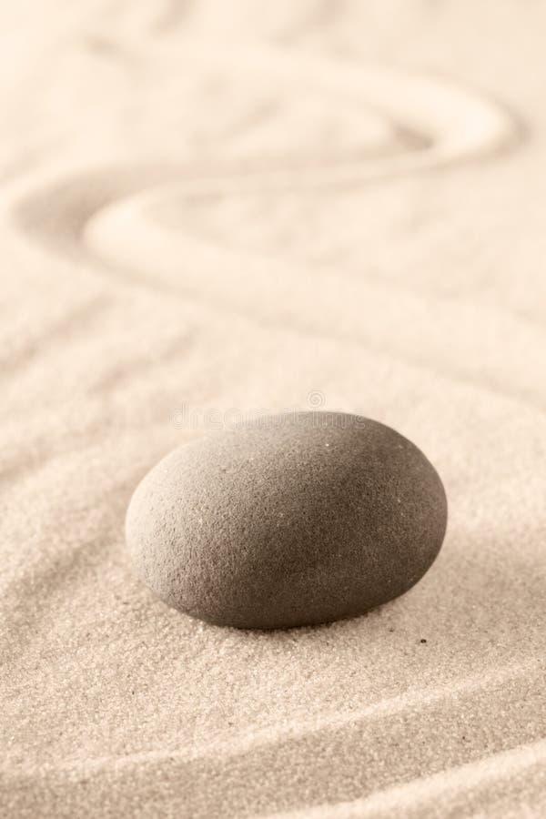 Sten f?r Mindfulnesszenmeditation royaltyfri bild