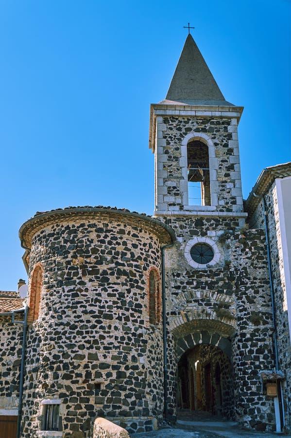 Stena den medeltida kyrkan arkivbild