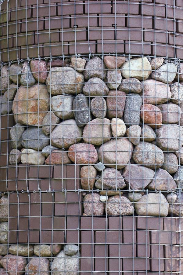 Stenar i ingrepp arkivbild