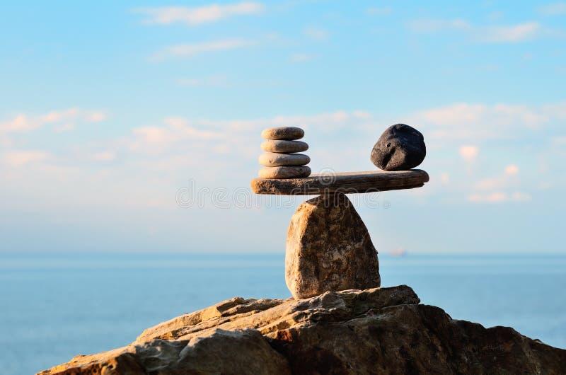 Stenar på stenblocket fotografering för bildbyråer