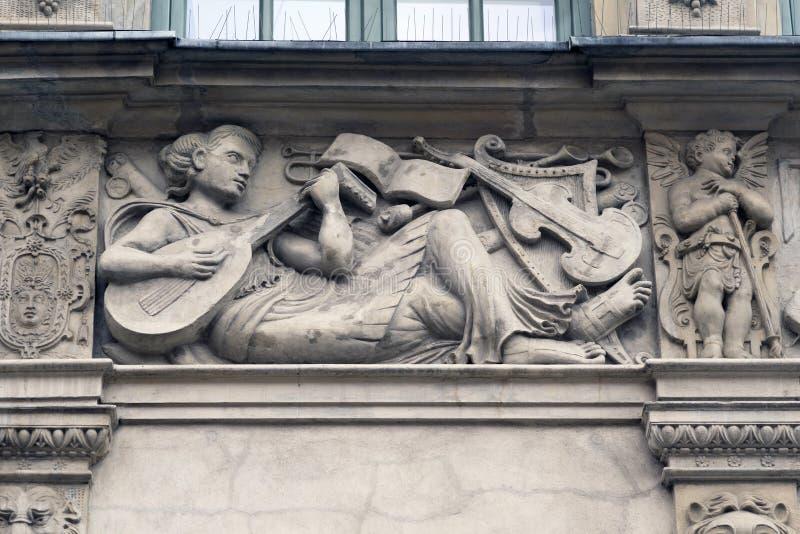 Stenbasreliefer av Gdansk royaltyfria bilder