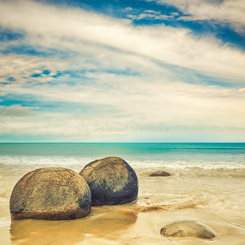 stenblockkustmoeraki nya Stillahavs- zealand arkivfoton