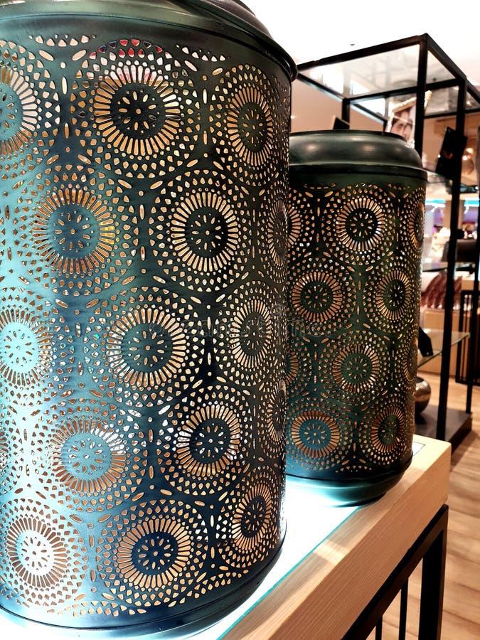 Stencil på den gröna vasen arkivfoto