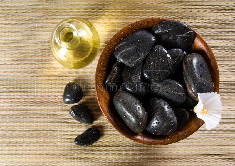Stenen in een kom stock afbeelding