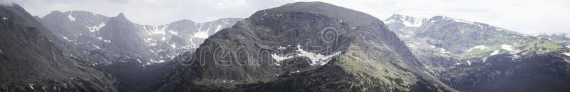 stenig bergpanorama arkivbilder