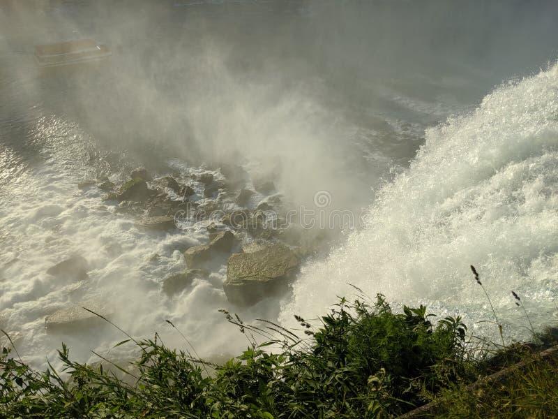 Stenig botten Niagara arkivfoton