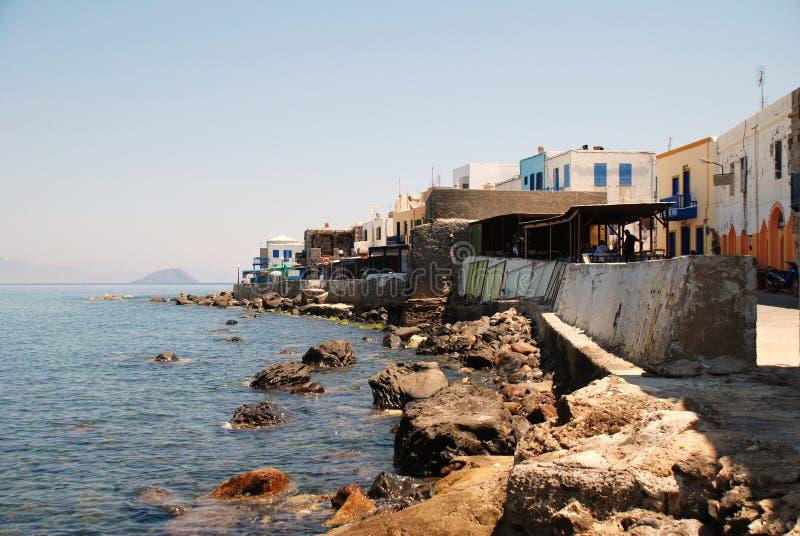 stenig seafront för nisyros fotografering för bildbyråer