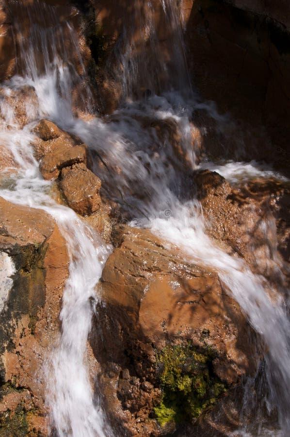 stenig vattenfall royaltyfria foton