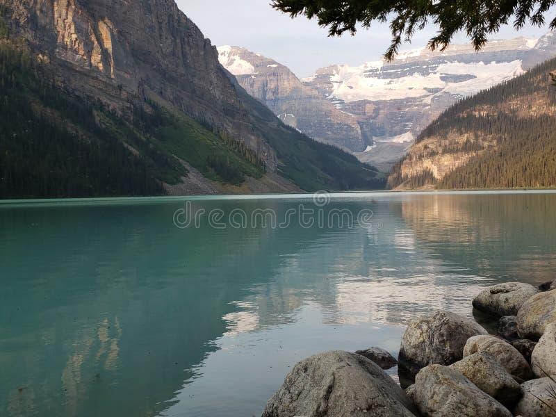 steniga kanadensiska berg royaltyfri fotografi