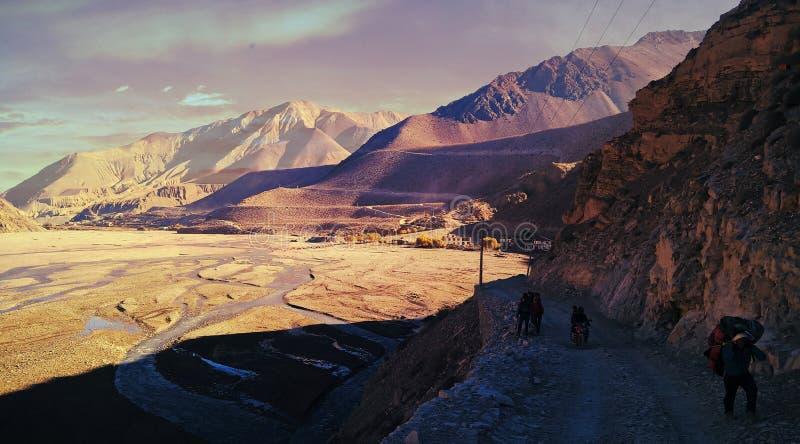 Stenigt land NEPAL arkivfoto