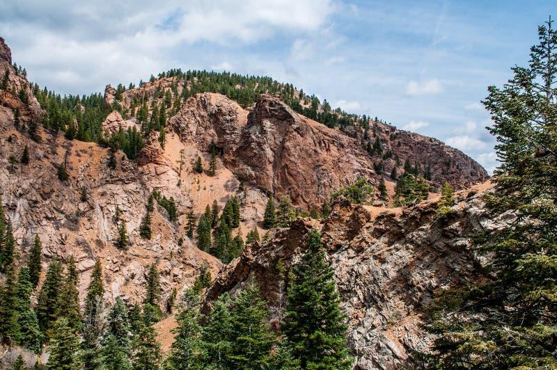 Stenigt landskap för sju nedgångar i Colorado Springs arkivbilder