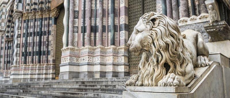 Stenlejon - Genova arkivfoton