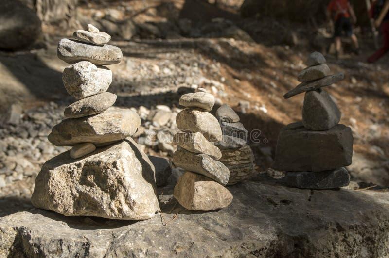 Stenmän i Samaria Gorge på Kretaön royaltyfri fotografi