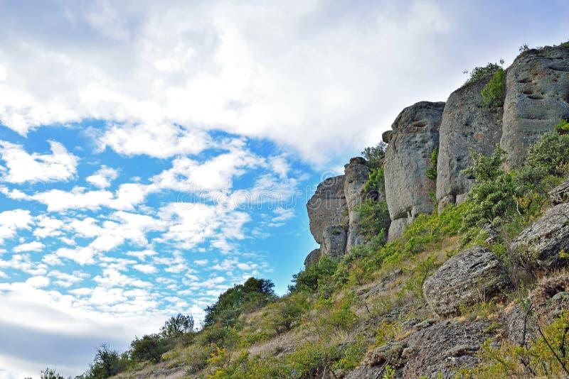 Stenpelare i dalen av spökar arkivbild