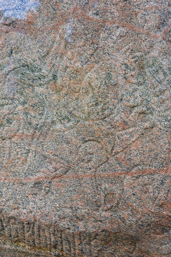 Stenpetroglyph av den arkeologiska platsen för viking på Jelling, Danmark fotografering för bildbyråer