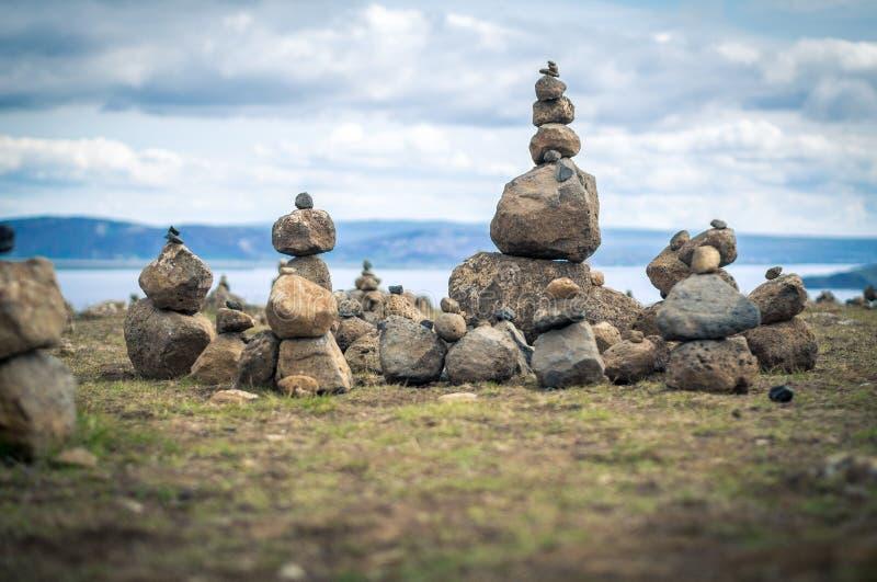 Stenpyramider i Island royaltyfria bilder