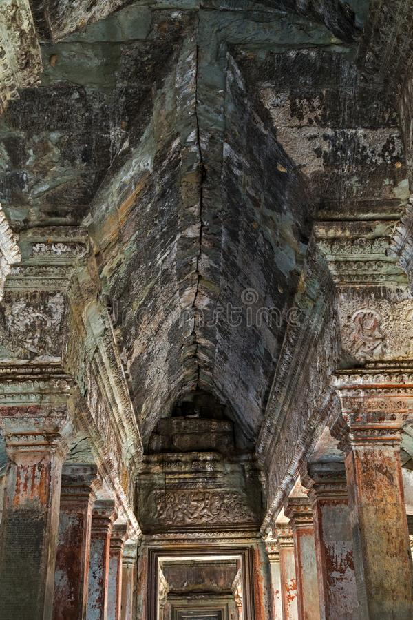 stenramen fördärvar den forntida templet för dragningen i komplexa Angkor Wat i Siem Reap, Cambodja royaltyfri fotografi