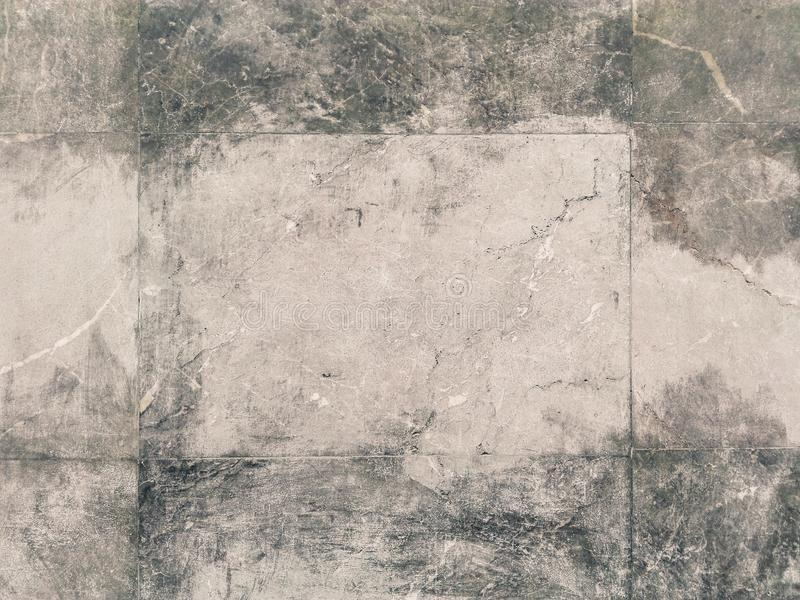 Stenväggen med vitt spårar royaltyfria bilder